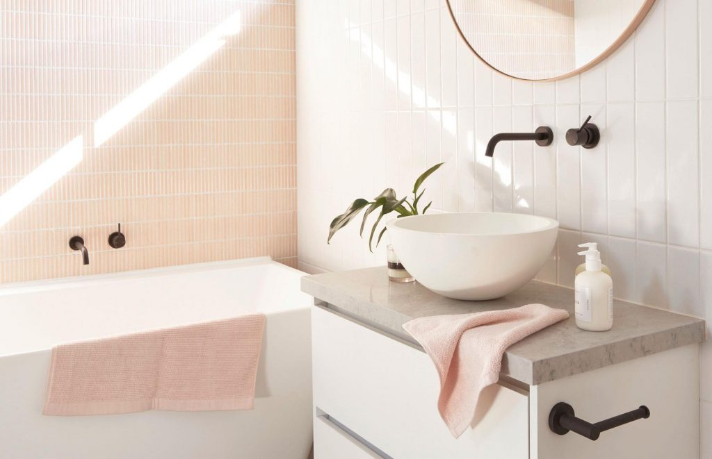 42efb9a9-f8c8-49af-9200-04475be8f2d9-norsu-interiors_Blush-Bathroom